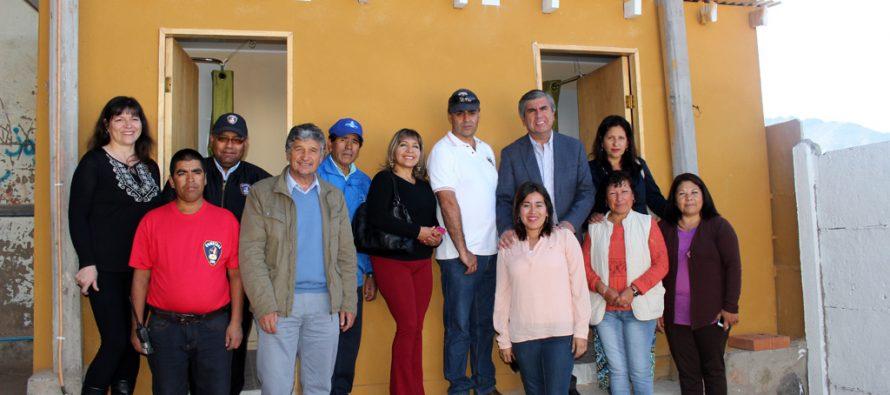Bomberos de la 3era compañía Marquesa Talcuna inauguraron sus servicios higiénicos