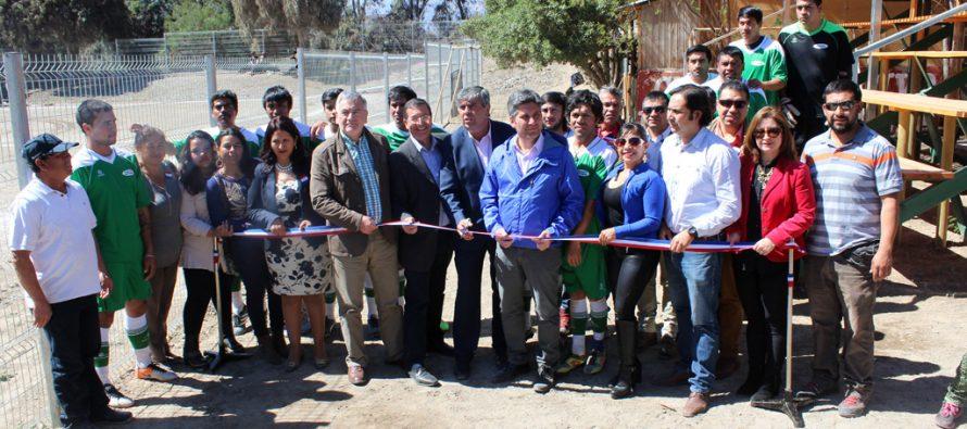 Club Unión Esperanza de El Tambo inaugura cierre perimetral de su cancha de fútbol