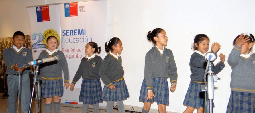 Estudiantes de Escuelas Públicas de Elqui rinden tributo a Gabriela Mistral en Primer Encuentro de Poesía Coral