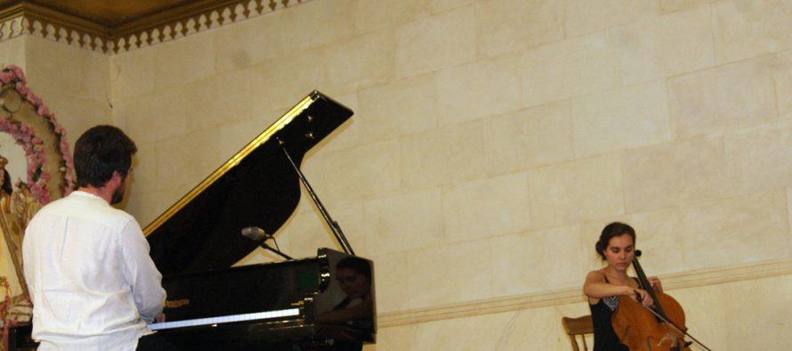 Exitoso concierto de piano y chelo se ofreció en Pisco Elqui