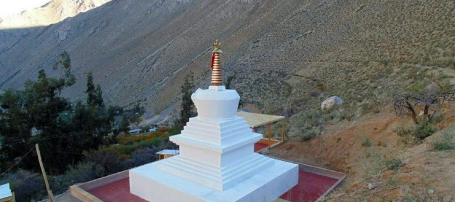 Cochiguaz: Budistas de Chile levantaron importante monumento en Valle del Elqui
