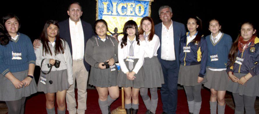 Candidatos a alcalde de Vicuña participan de debate organizado por el Liceo Carlos Mondaca Cortés