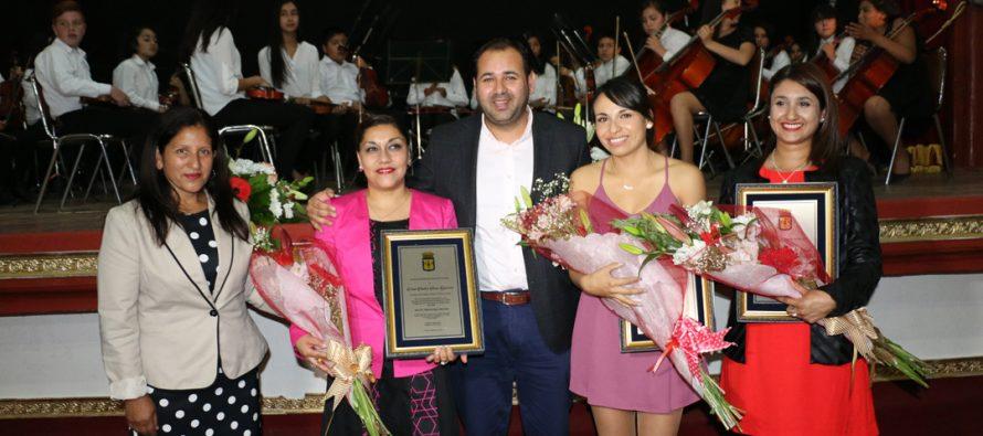 Destacan la labor de los docentes de Vicuña en nueva celebración del Día del Profesor