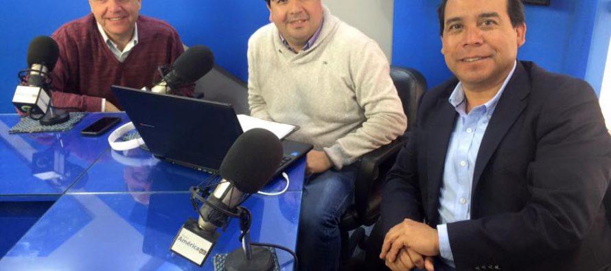 Cristián Monckeberg entregó apoyo a candidatura de Yuri Olivares en La Serena