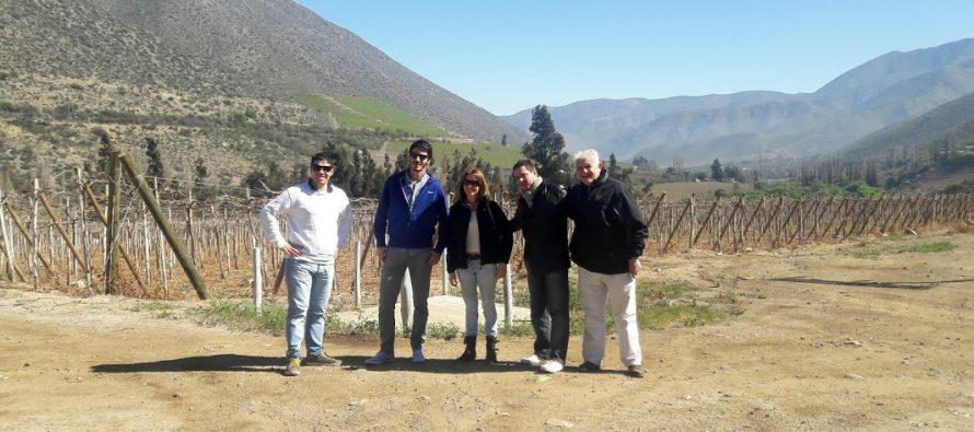 Bantenders y sommelier argentinos visitan la zona pisquera para conocer la historia del destilado
