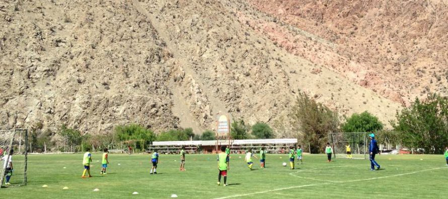 Escuela de Fútbol de Paihuano comparte jornada deportiva con academia Cobresal de Coquimbo