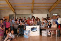 Club de Adulto Mayor de Pisco Elqui recibió donación de Empresa Minera La Escondida