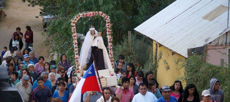 Gran asistencia de fieles tuvo la Fiesta de la Virgen del Carmen de Alcohuaz