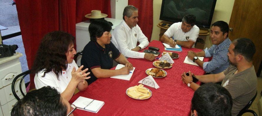 Alcalde electo de Paihuano se reunió con Bomberos para analizar plan de trabajo 2016-2020