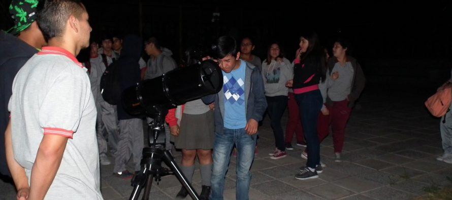 Escolares disfrutaron de la astronomía en una nueva versión de la Fiesta de las Estrellas en Paihuano