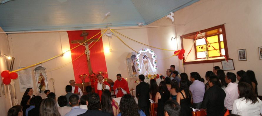 Arzobispo René Rebolledo realizó Misa de Confirmación en Paihuano
