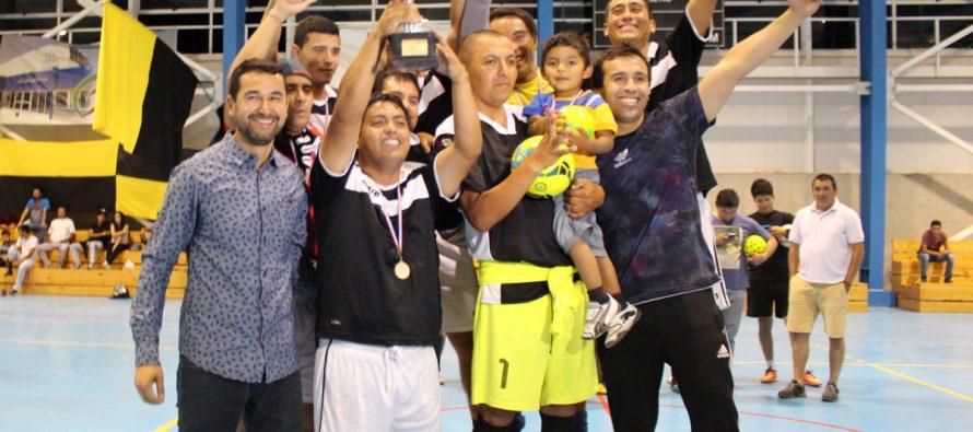 Municipio de Vicuña y Féminas Barrabases fueron los campeones de la Liga Laboral de Baby Fútbol
