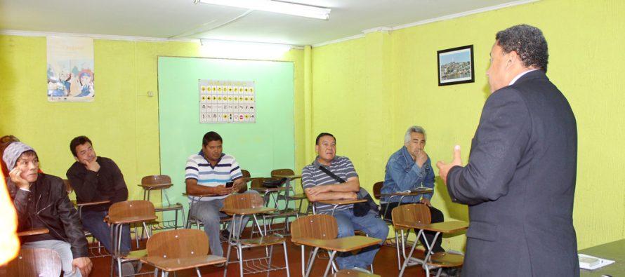Ex trabajadores de Minera Linderos inician curso de licencias A2 y A4