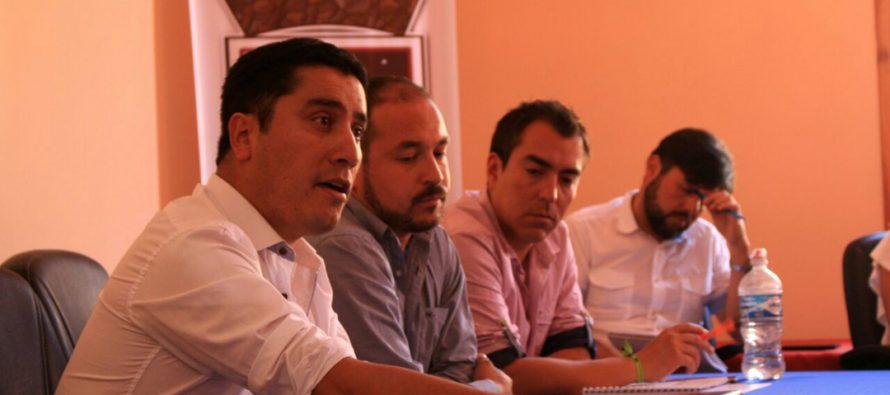 Alcalde de Paihuano proyecta la administración junto a los funcionarios municipales