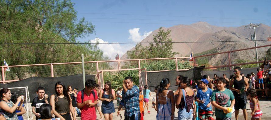 """Jóvenes de  Montegrande capearon el calor con la tradicional """"Fiesta de la Chaya"""""""