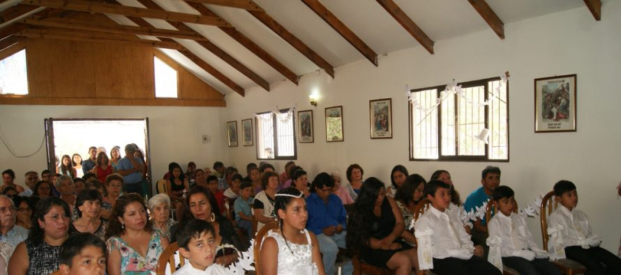 Con misa de primeras comuniones Quebrada de Pinto celebró este domingo la fiesta patronal de Lourdes