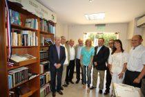 CORE hace nueva entrega de libros regionales para la biblioteca de la provincia de San Juan