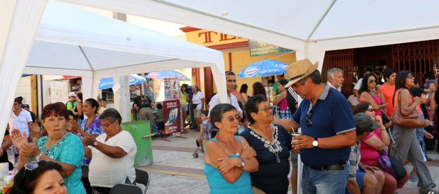 Invitan a tradicional Mateada Mistraliana en plaza Gabriela Mistral de Vicuña