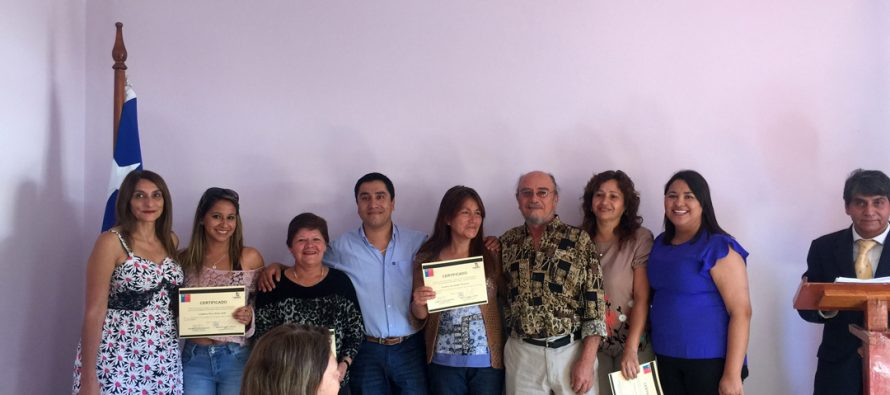 Jefas de hogar de Paihuano buscan fortalecer su autonomía económica con nuevos talleres