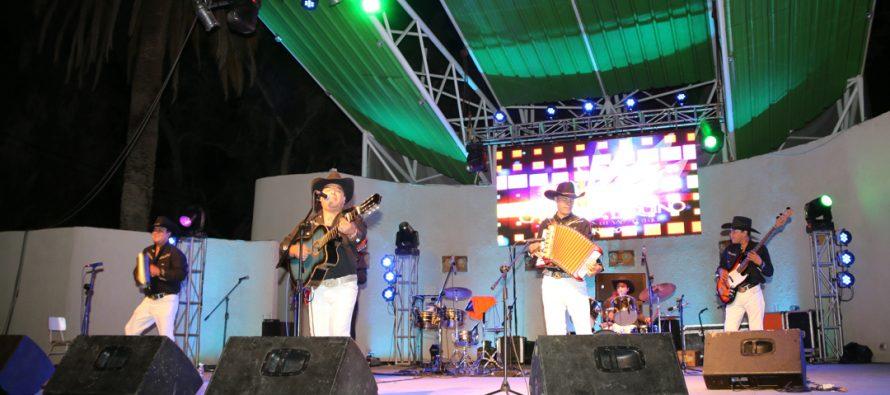 Los Ruiseñores de La Frontera encabezaron la Noche Ranchera del Carnaval Elquino 2017