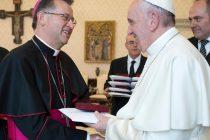 """Arzobispo René Rebolledo: """"Una profunda experiencia de comunión con el Papa Francisco, sus colaboradores y el episcopado chileno""""."""