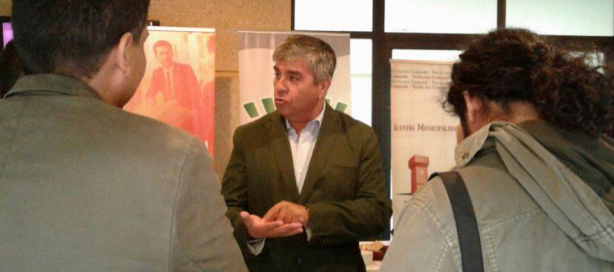 Analizan temáticas municipales en Cumbre Regional de Alcaldes y Concejales en Vicuña