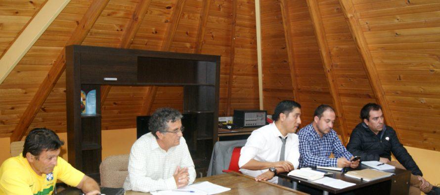 Analizan proyectos de localidad de Tres Cruces junto a los vecinos