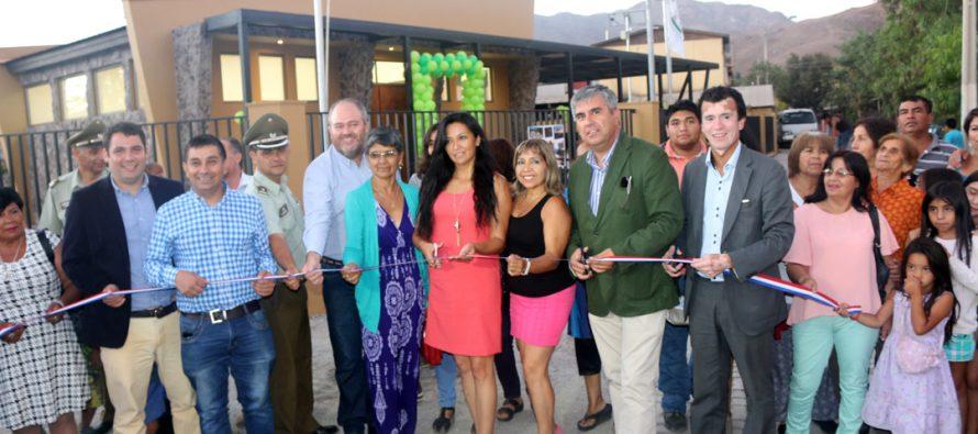 Con alegría vecinos de Vicuña inauguran nueva sede social para su barrio en sector Río Turbio