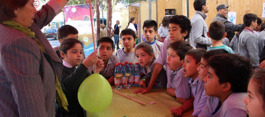 Estudiantes de la región tuvieron su primer acercamiento con la ciencia en masiva Feria realizada en Vicuña