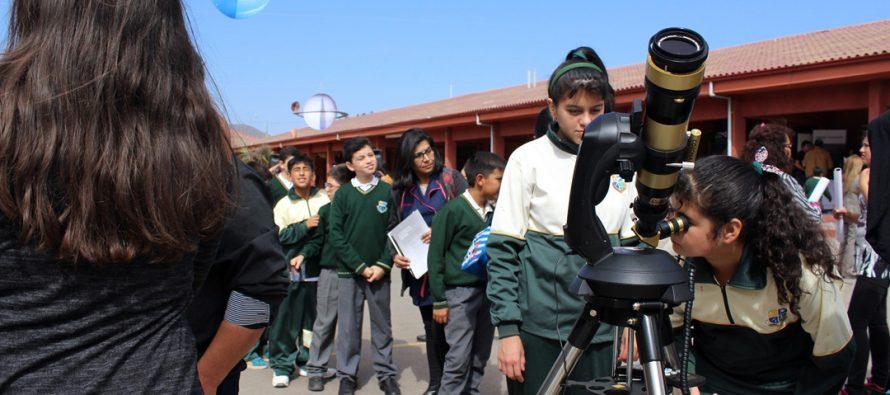 Cientos de personas conocieron de la astronomía regional en la celebración del AstroDay Chile