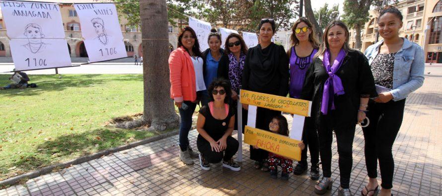 """Feministas realizan intervención informativa y participativa: """"Ni flores, ni chocolates, ni lavadora queremos igualdad de derechos ahora"""""""