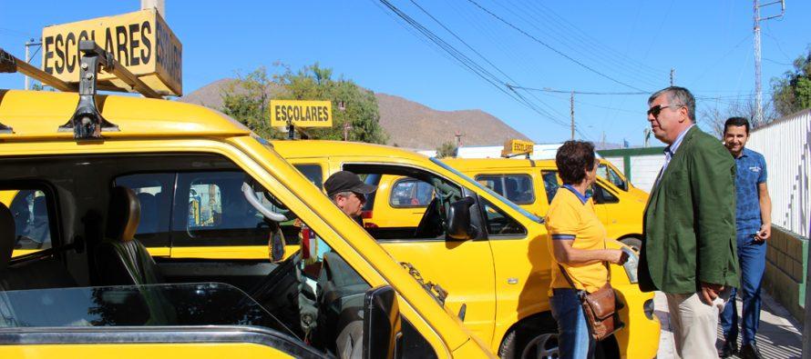 Autoridades de Vicuña llaman a elegir furgones escolares certificados por Carabineros