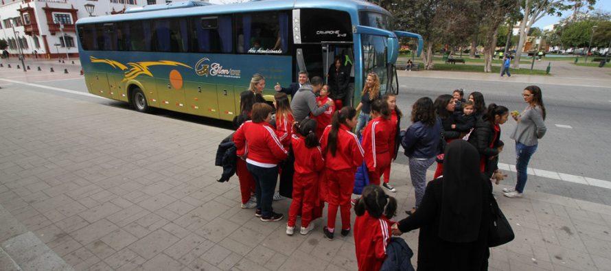 Jóvenes de Los Vilos cumplen  su sueño de conocer el Valle de Elqui