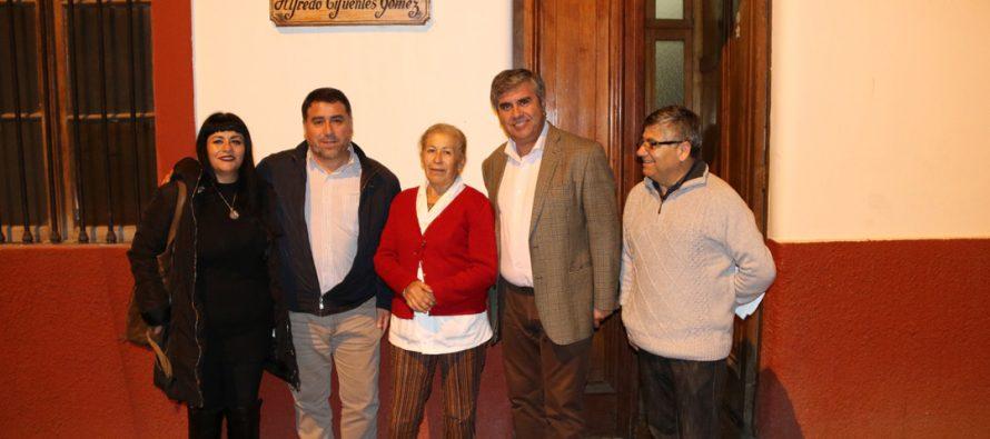 Analizan políticas comunales del adulto mayor junto al Director Nacional del SENAMA