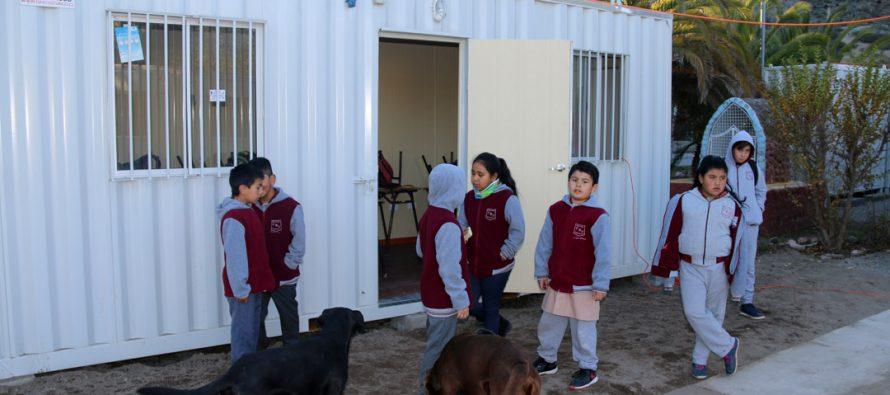 Luego de 14 días los estudiantes de la escuela de Marquesa vuelven a las salas de clases