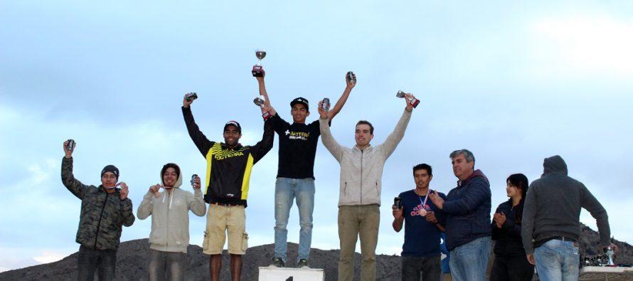 Jóvenes motociclistas de Vicuña se quedan con el primer lugar en el Zonal Norte de Enduro