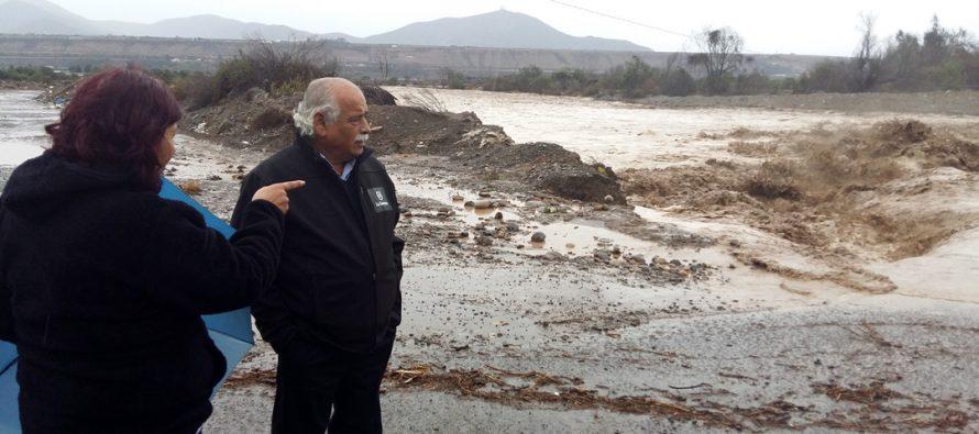 Municipio continúa desplegando recursos para enfrentar la emergencia en distintos sectores de La Serena