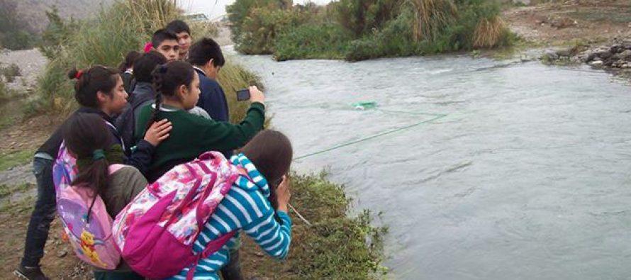Escolares de Chile y Alemania unen esfuerzos para investigar la presencia de basura en los ríos de ambos países