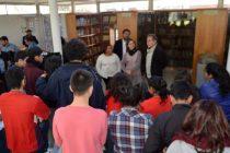 Jóvenes del Sename inician tour por la región con visita al Museo Gabriela Mistral