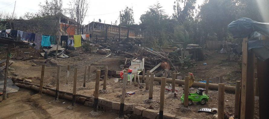 Familia de Las Rojas pierde todo producto de un incendio