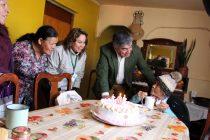 Vecina de Vicuña celebra su cumpleaños 101 en compañía de autoridades locales y familia
