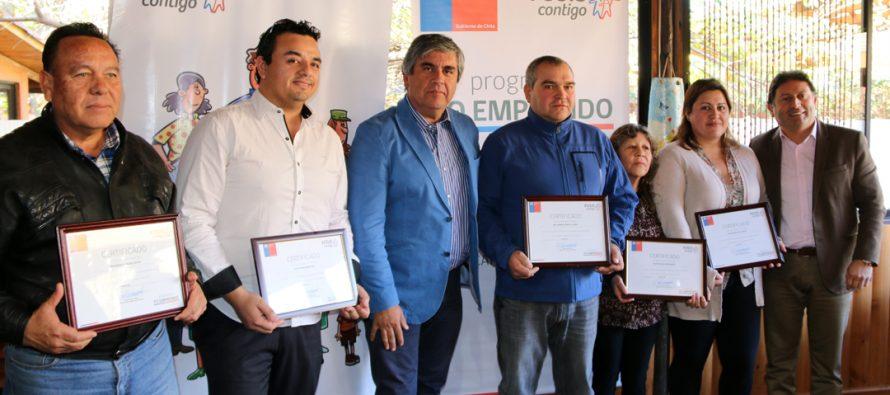 Ex trabajadores de Linderos reciben fondos de emprendimientos a través del FOSIS