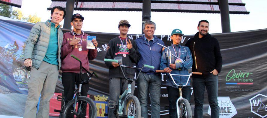 Emocionantes trucos se disfrutaron en 2do Campeonato de BMX en el skatepark de Vicuña