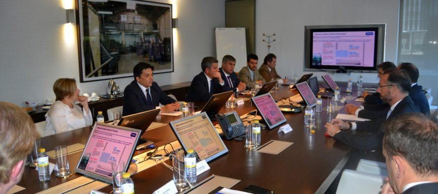 Inversionistas del turismo en España destacan atractivos regionales y estabilidad de Chile