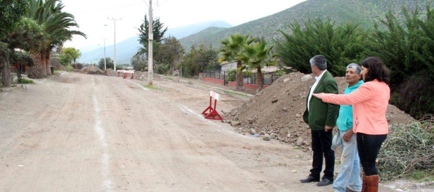 Valoran comienzo de trabajos de pavimentación en avenida Las Palmeras de Marquesa