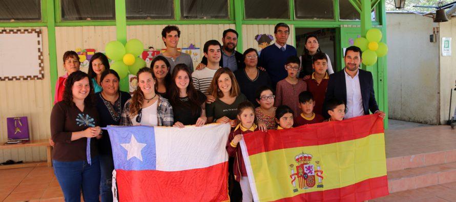 Estudiantes españoles compartieron experiencias durante un mes con vecinos de El Arenal