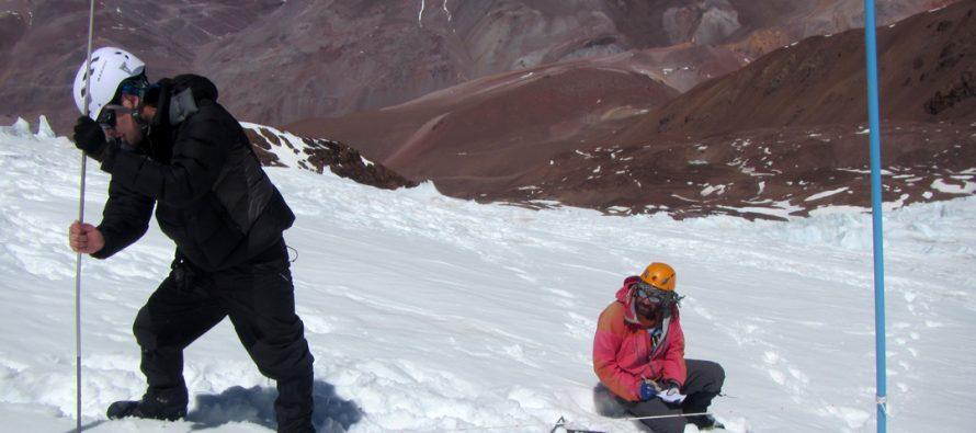 Relacionan sublimación de nieve en glaciares de la zona a efectos de la altura