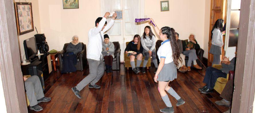 Visita al hogar de Ancianos da el cierre a las acciones sociales de la semana de la juventud