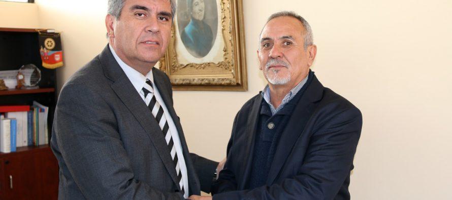 Nuevo director del liceo Carlos Mondaca busca fortalecer el sello educativo del establecimiento