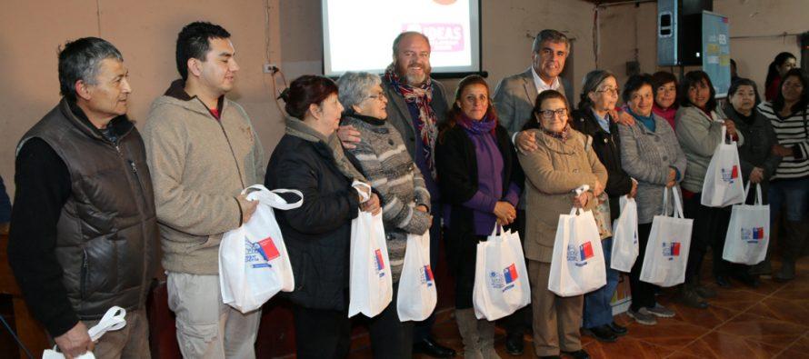 Más de 100 familias fueron beneficiadas con el Kit de ahorro energético en Hierro Viejo